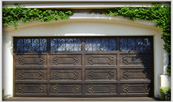 Trend 4, One-of-a-Kind Garage Doors, unique pattern