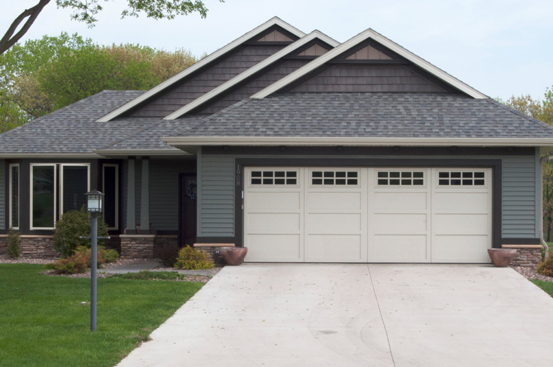 Ordinaire Home With Steel Garage Door
